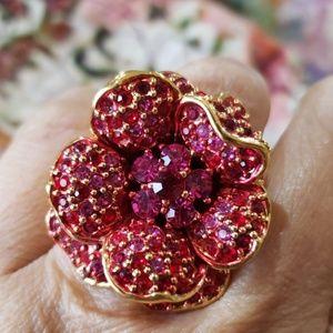 Joan Rivers Raspberry pink flower ring